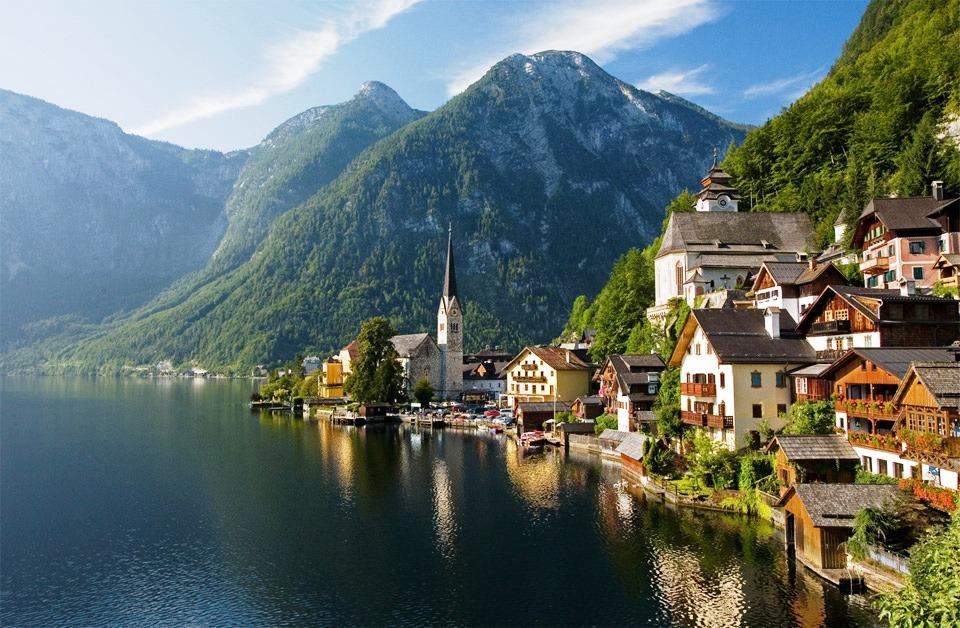 Village-Hallstatt-Autriche